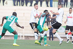 Alger transforme le football en arme de guerre