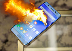 La sortie du Galaxy Note 7 sabotée par ses incidents d'explosion