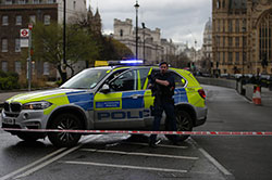 Attentat de Londres : trois morts et sept arrestations