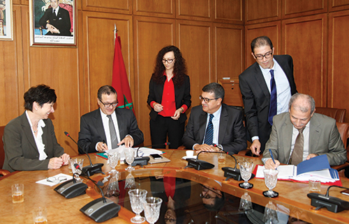 Signature des contrats relatifs au financement du projet du Complexe portuaire «Nador West Med»
