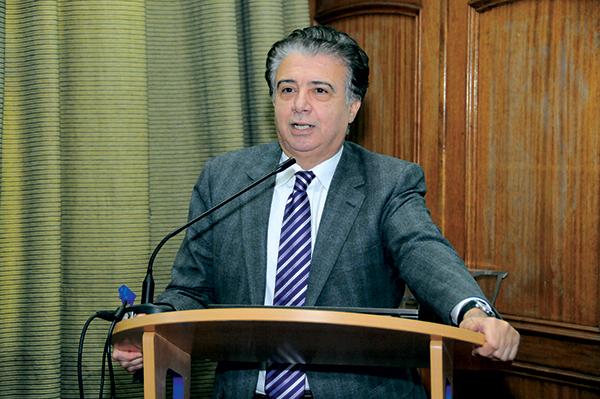 Mohamed El Moueffak. Adapter l'offre de formation aux impératifs de l'ouverture et de la mondialisation.