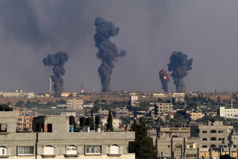 tirs-aeriens-israeliens-sur-la-bande-de-gaza-le-7-juillet-2014