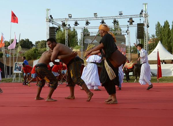 festival-arabe-jeux-traditionnels-ifrane