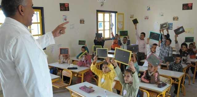Le Minist  re de l Education d  ment le recours    des enseignants s  n  galais