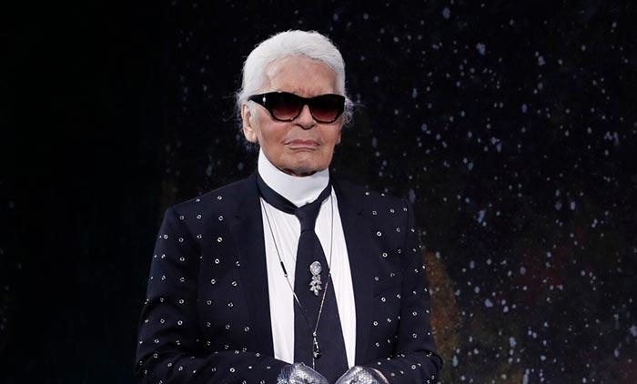 D  c  s    Paris du c  l  bre couturier Karl Lagerfeld