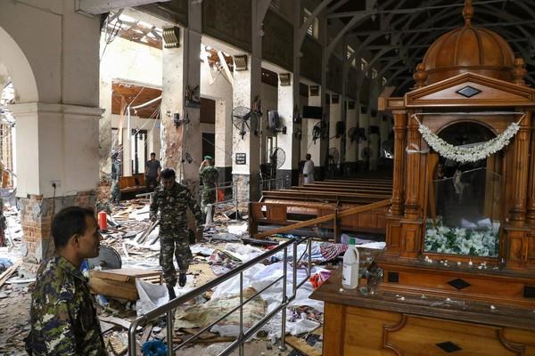 Sri Lanka  au moins 207 morts dans une s  rie d attaques contre des   glises et des h  tels