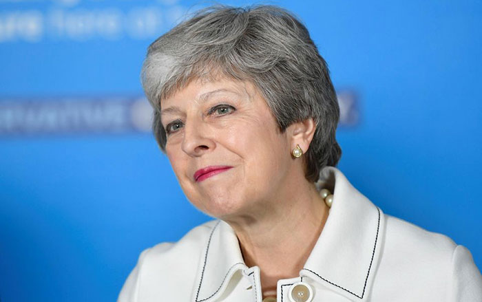 Theresa May annonce sa d  mission