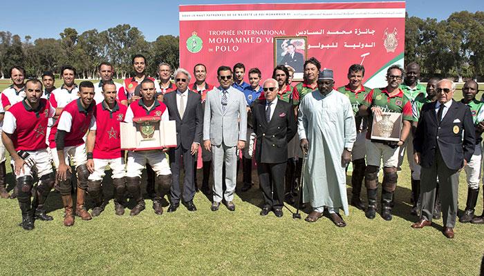 SAR le Prince Moulay Rachid pr  side la finale du Troph  e International Mohammed VI de Polo