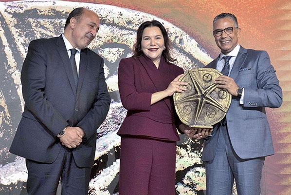 La Princesse Lalla Hasnaa pr  side la c  r  monie de remise des troph  es du littoral durable 2019