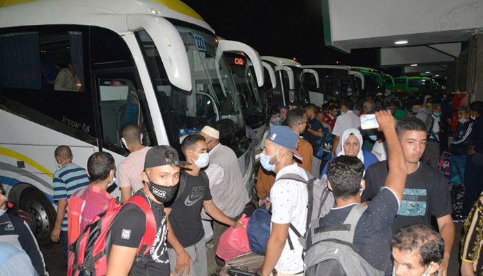 Chaos sur les routes apr  s la fermeture de huit villes  la situation ne s arrange pas