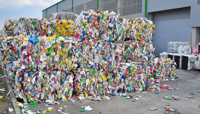 Les industriels locaux de fibre de polyester tirent la sonnette d alarme