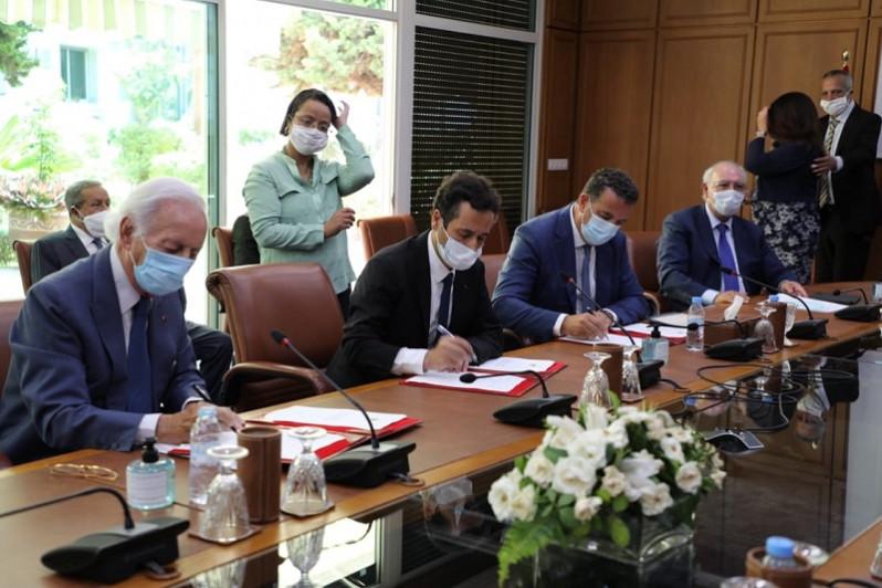 Signature d   un Pacte pour la relance   conomique et l emploi
