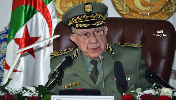 Manoeuvres militaires Alg  riennes  Chengriha fait dans la provoc